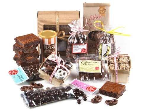 Chocolate Addict's Gift Basket with 6 brownies